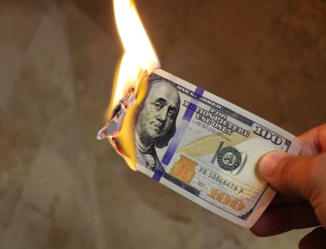 金持ちになりたいなら金持ちになるな